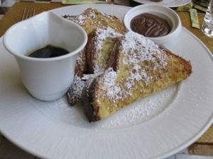 French toast with Nutella